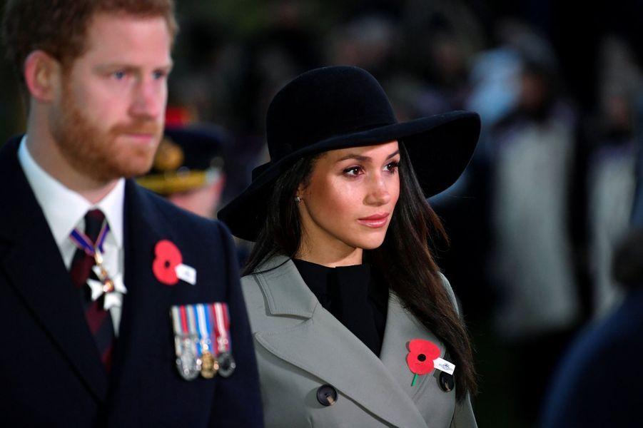 Meghan Markle coiffée d'une capeline à Londres, le 25 avril 2018