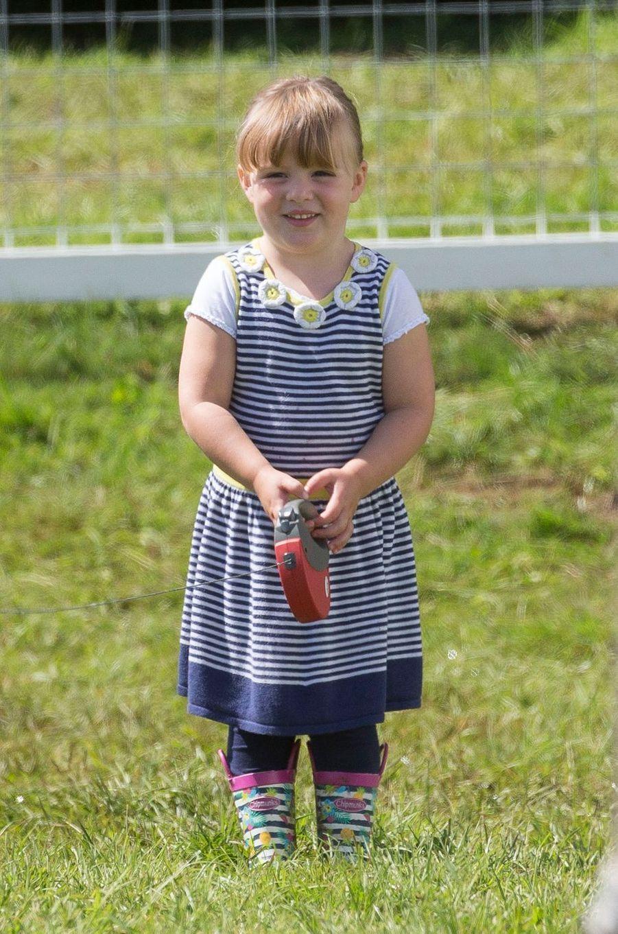 Mia Tindall, la fille de Zara Phillips, à Gatcombe Park le 5 août 2017