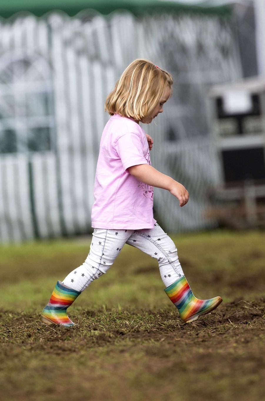 Mia Tindall, petite-fille de la princesse Anne, à Gatcombe Park le 4 août 2017