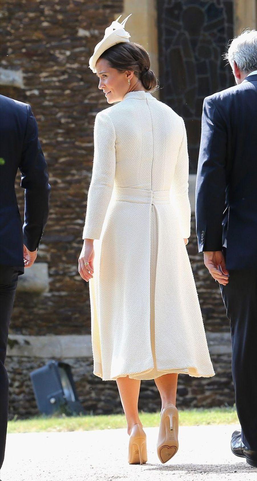 Pippa Middleton au baptême de la princesse Charlotte