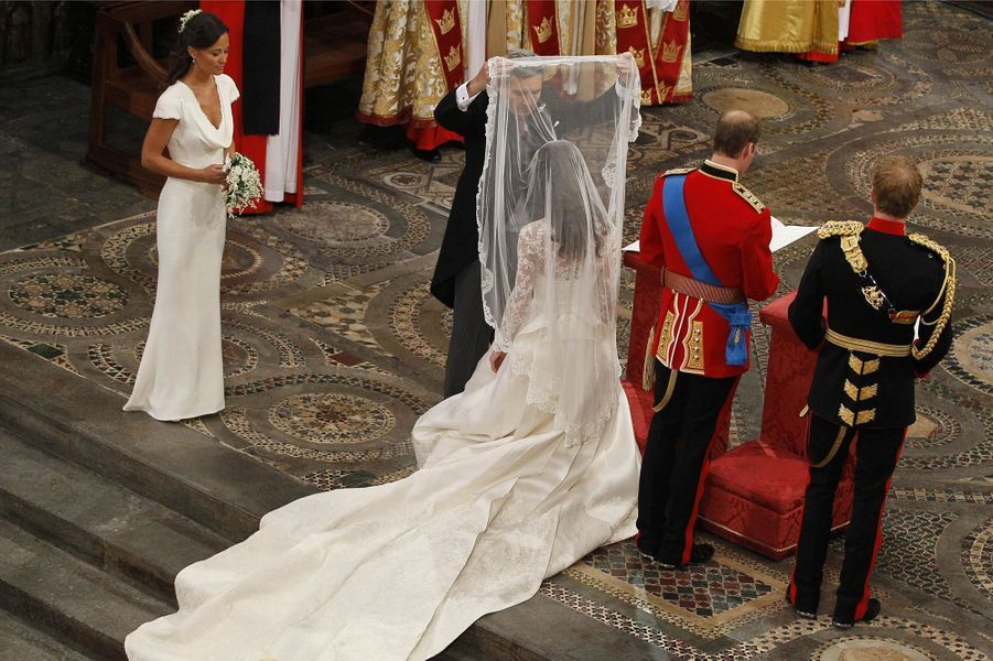 Pippa Middleton Au Mariage De Sa Soeur Kate Middleton Avec Le Prince William, Le 29 Avril 2011 À Londres 22