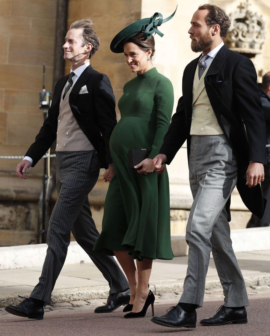 Pippa Middleton Très Enceinte Au Mariage De La Princesse Eugenie D'York ( 10