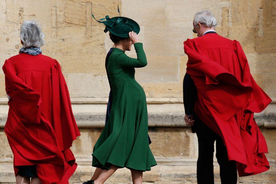 Pippa Middleton Très Enceinte Au Mariage De La Princesse Eugenie D'York ( 11