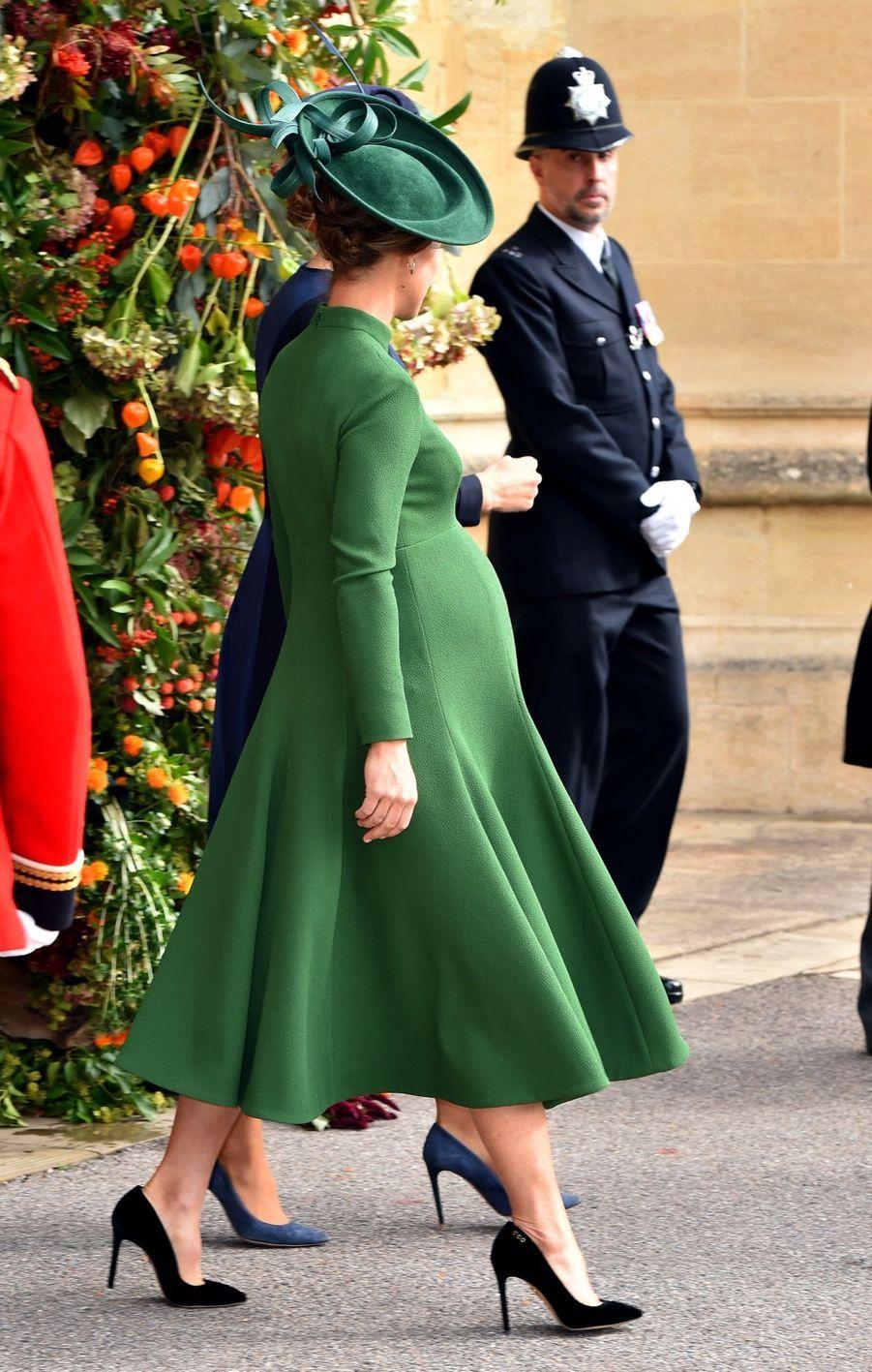 Pippa Middleton Très Enceinte Au Mariage De La Princesse Eugenie D'York ( 12