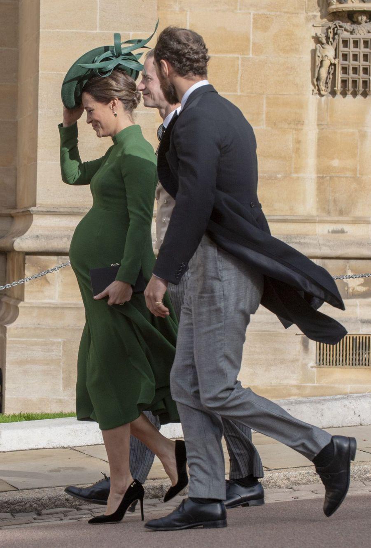 Pippa Middleton Très Enceinte Au Mariage De La Princesse Eugenie D'York ( 2