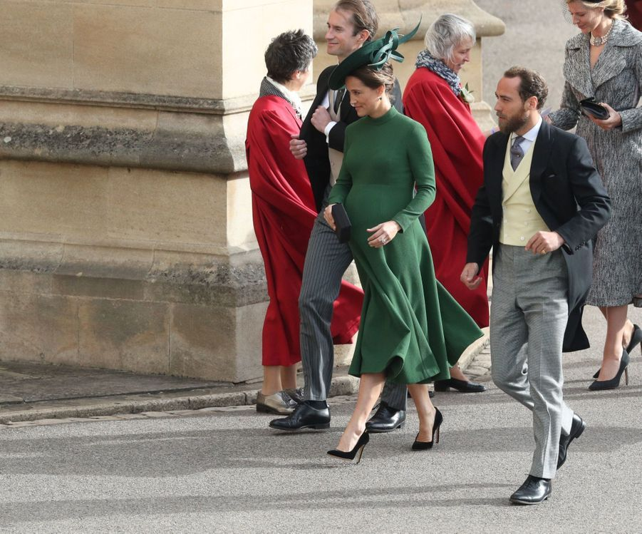 Pippa Middleton Très Enceinte Au Mariage De La Princesse Eugenie D'York ( 3