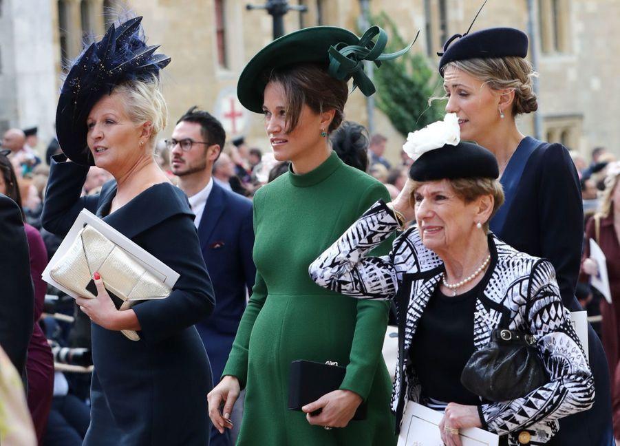 Pippa Middleton Très Enceinte Au Mariage De La Princesse Eugenie D'York ( 5