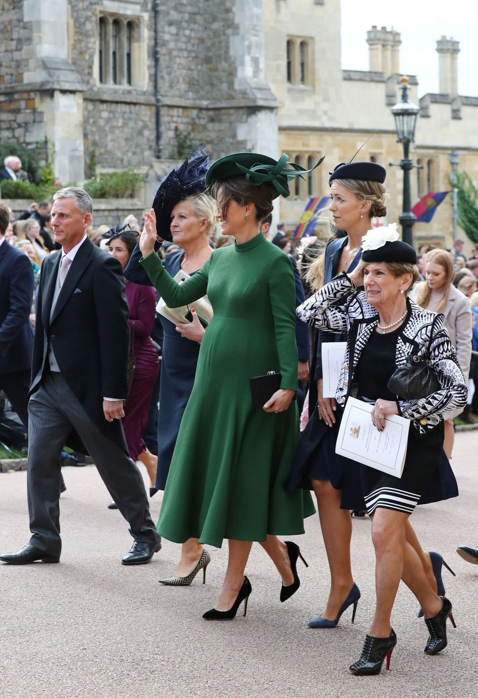 Pippa Middleton Très Enceinte Au Mariage De La Princesse Eugenie D'York ( 6