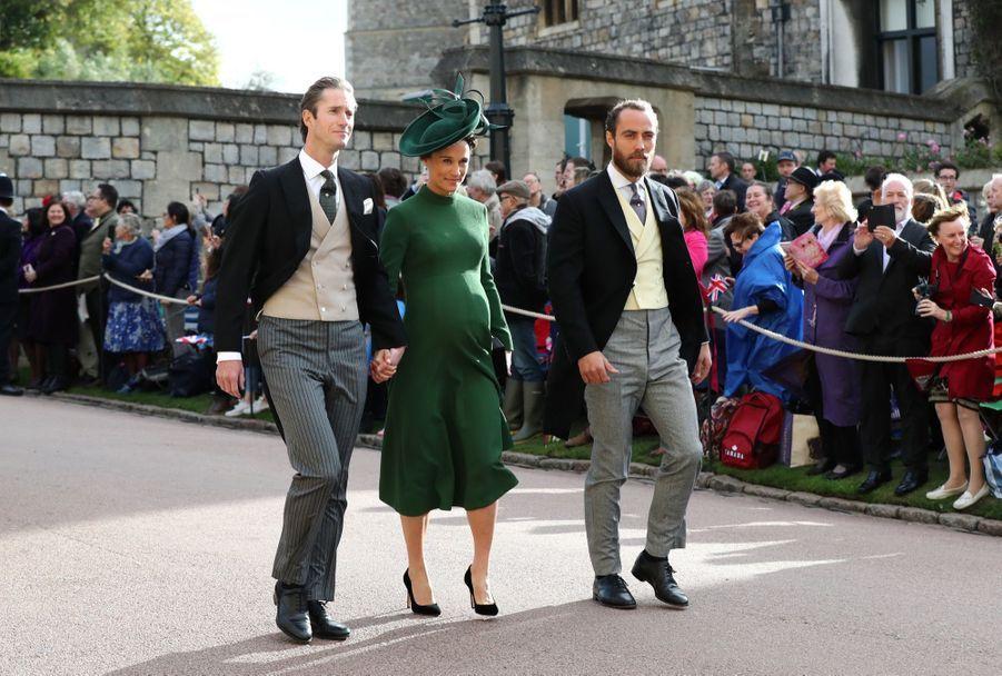 Pippa Middleton Très Enceinte Au Mariage De La Princesse Eugenie D'York ( 8