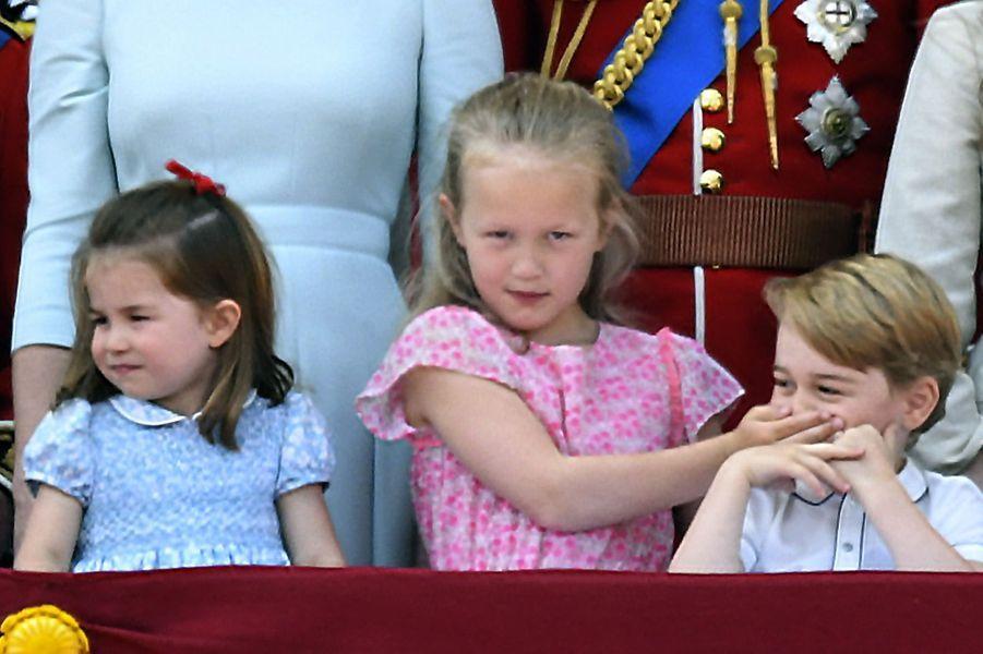 Charlotte, Savannah Philips et le prince George pour Trooping the Color, au balcon deBuckingham.