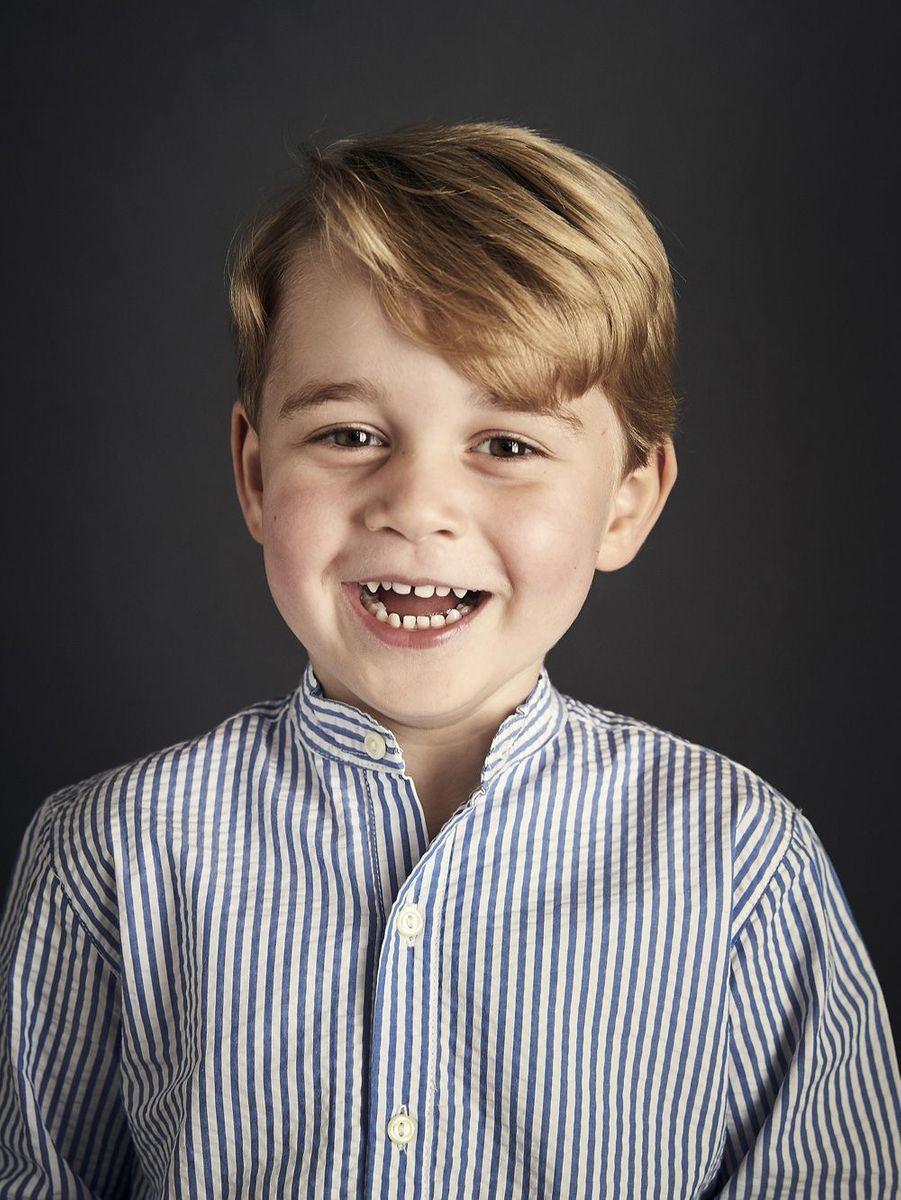 Le portrait officiel de George en 2017, pour ses 4 ans.