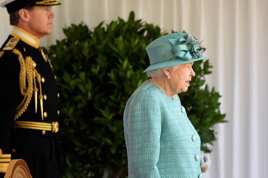 La reine Elizabeth II au château de Windsor, le 13 juin 2020.