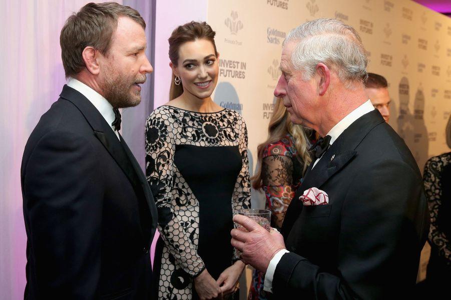 Le prince Charles avec Guy Ritchie et Jacqui Ainsley à Londres, le 4 février 2016