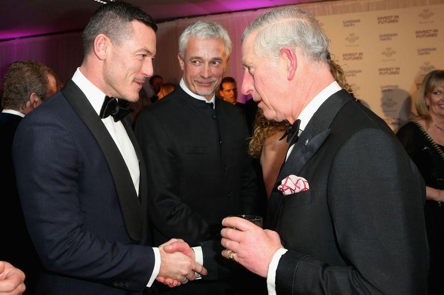 Le prince Charles avec Luke Evans à Londres, le 4 février 2016