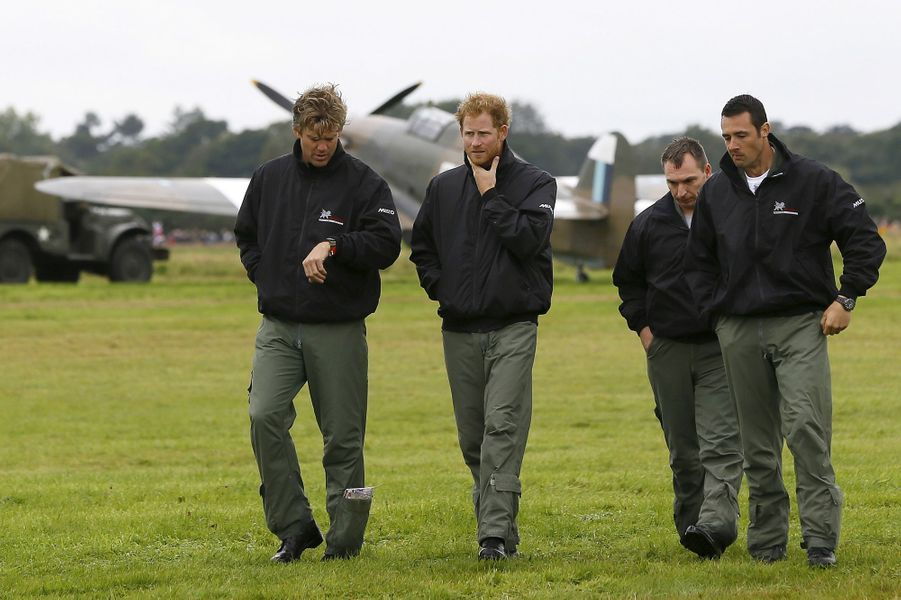 Le prince Harry sur l'aérodrome de Goodwood, le 15 septembre 2015