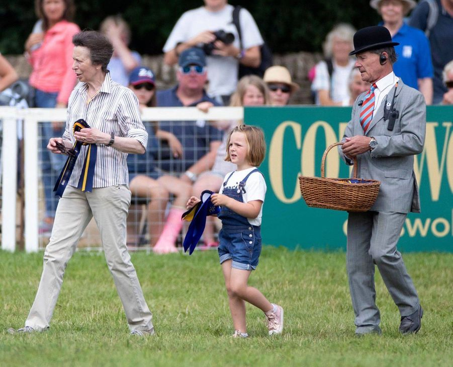 La princesse Anne et sa petite-fille Mia Tindall à Gatcombe Park, le 4 août 2019