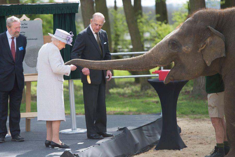 La reine Elizabeth II et le prince Philip à Dunstable, le 11 avril 2017