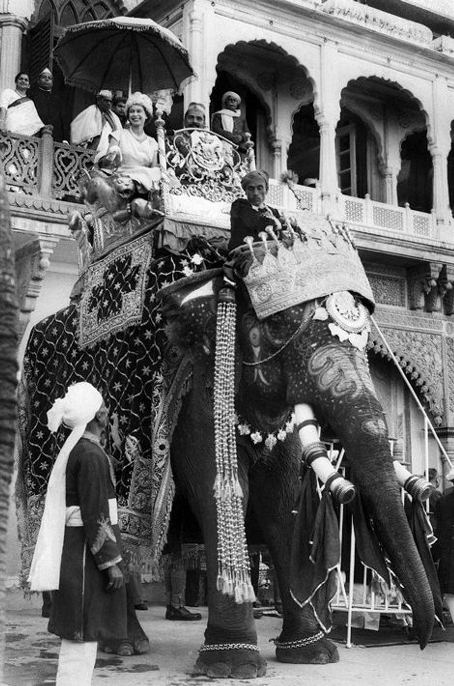 La reine Elizabeth II à New Delhi, en 1961