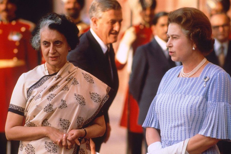 La reine Elizabeth II avec le Première ministre Indira Gandhi à New Delhi, le 18 novembre 1983