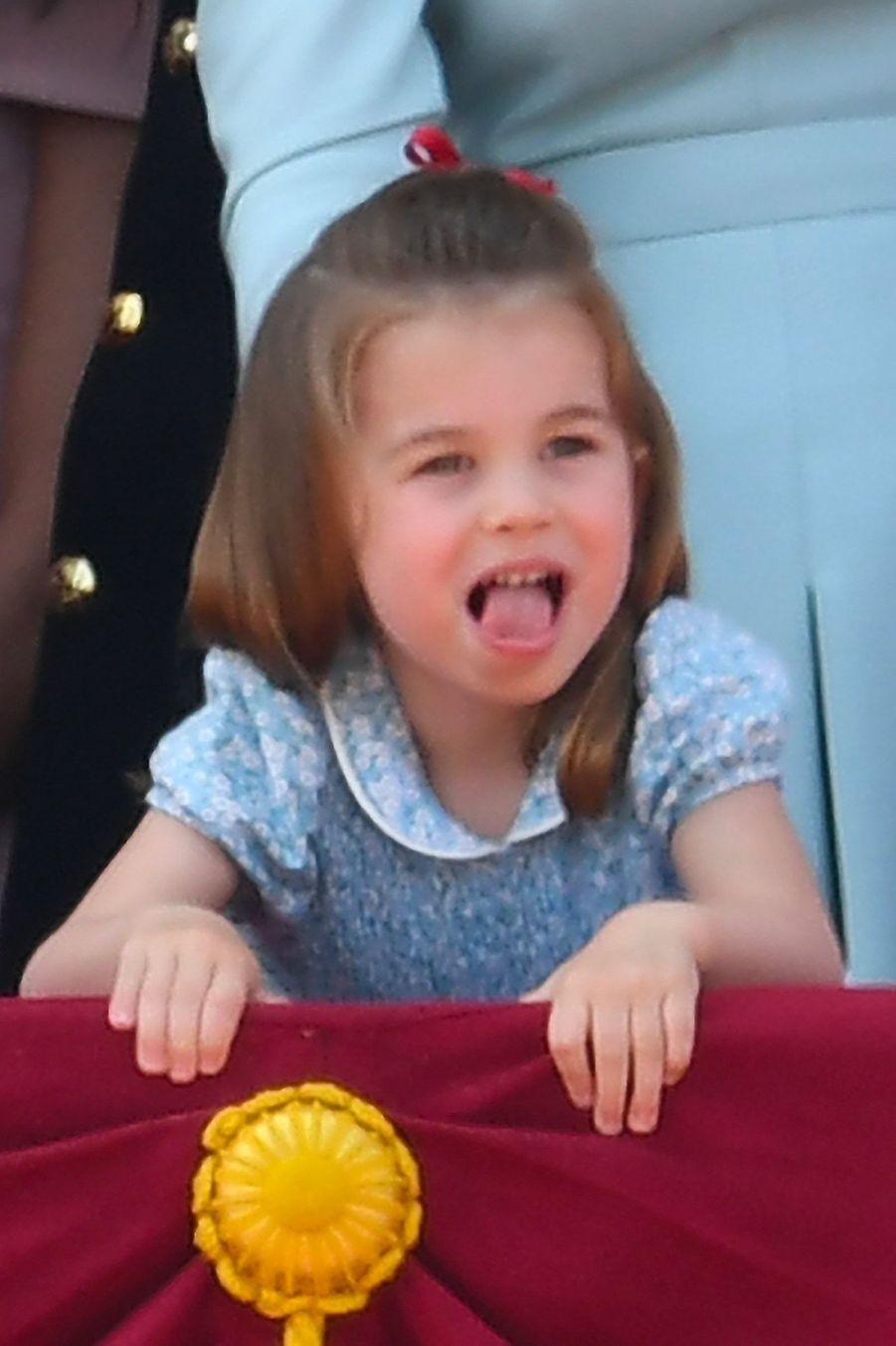 La princesse Charlotte au balcon du Palais deBuckingham, le 9 juin 2018.