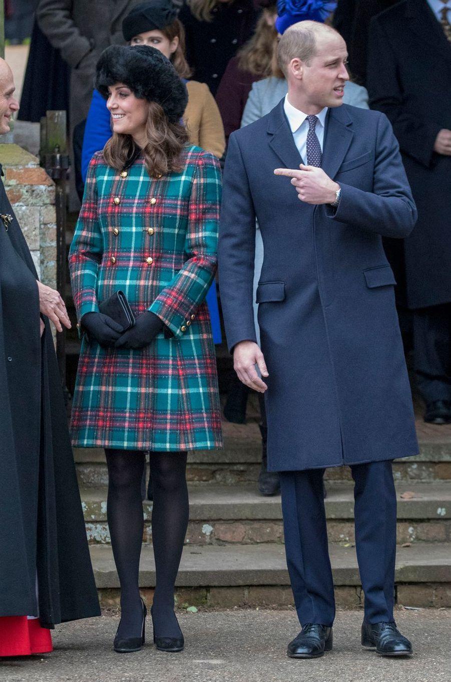 La duchesse Catherine de Cambridge dans un manteau Miu Miu à Sandringham, le 25 décembre 2017