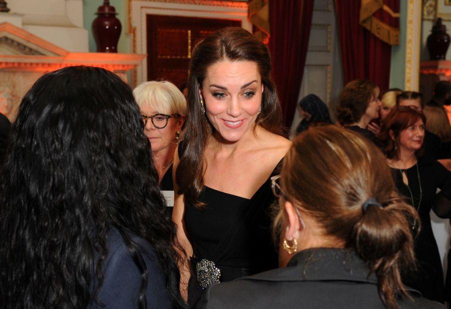 """Kate Middleton À La Remise Des Prix """"Place2Be Wellbeing In Schools"""" À Londres 10"""