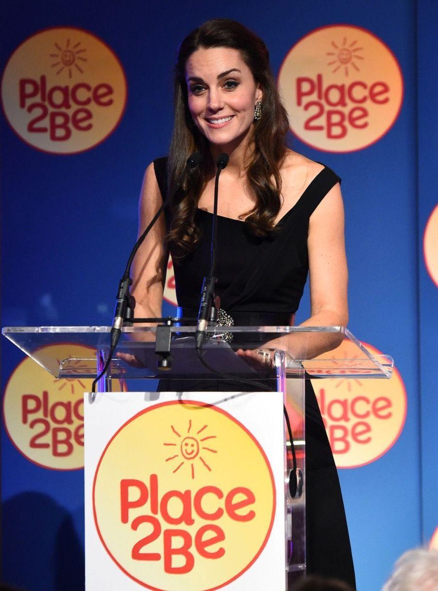 """Kate Middleton À La Remise Des Prix """"Place2Be Wellbeing In Schools"""" À Londres 15"""