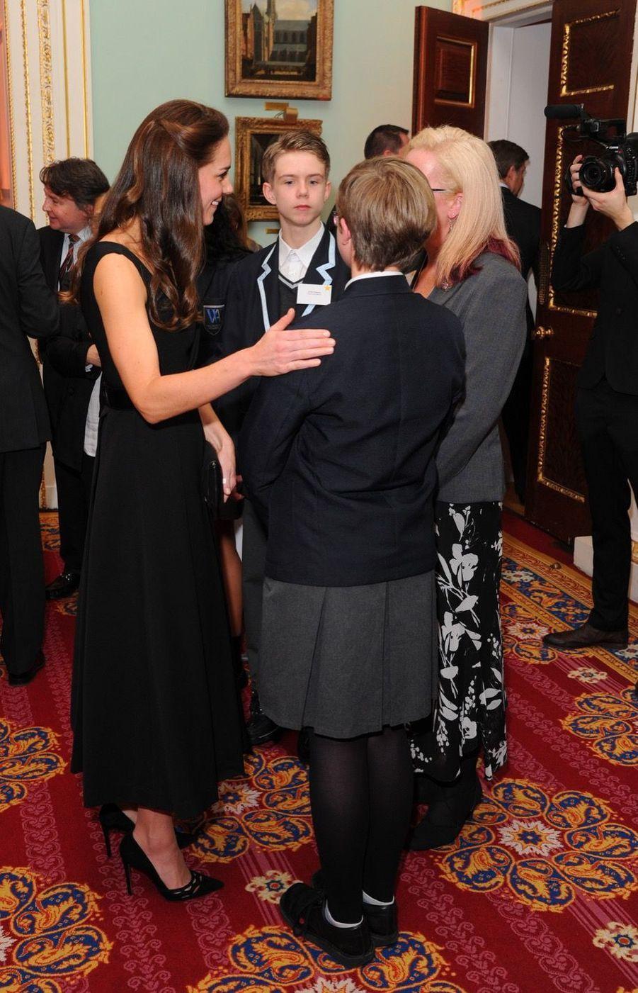 """Kate Middleton À La Remise Des Prix """"Place2Be Wellbeing In Schools"""" À Londres 3"""