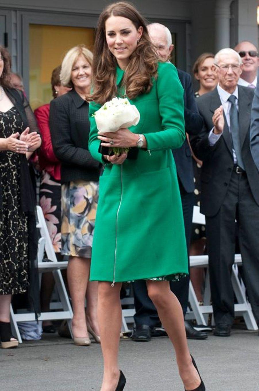 La duchesse Catherine de Cambridge en Erdem à Hamilton, le 12 avril 2014