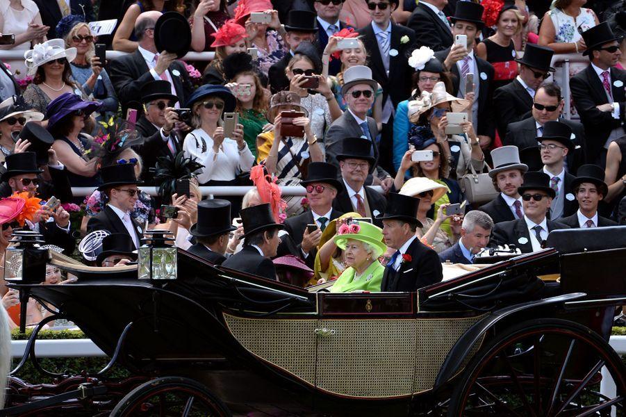 La reine Elizabeth II au Royal Ascot, le 22 juin 2018