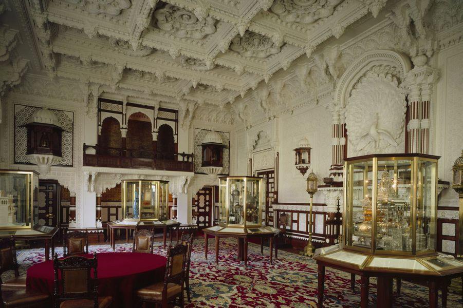 Vue du salon Darbâr de Osborne House