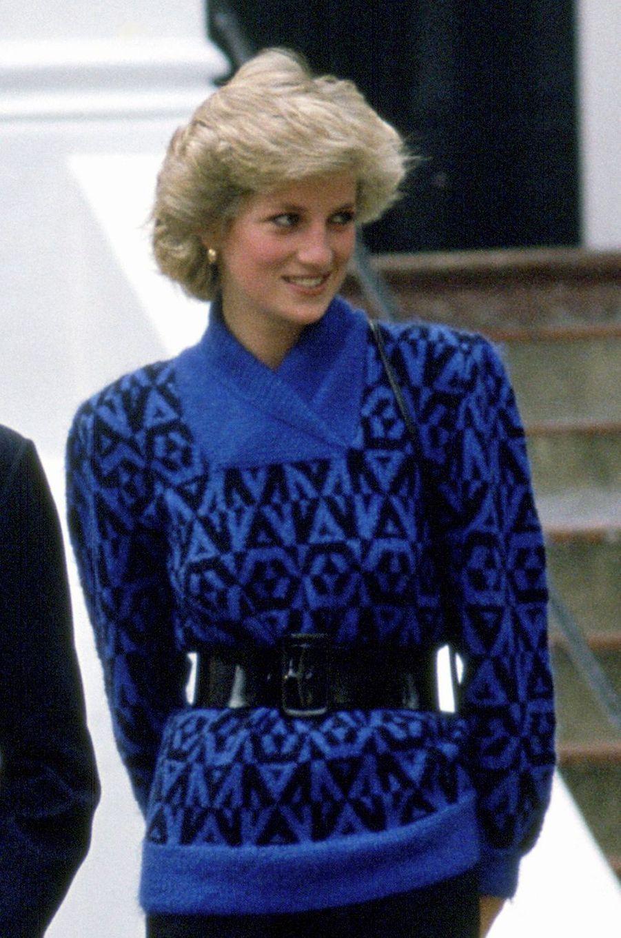 Le pull en jacquard de la princesse Diana, le 24 septembre 1985