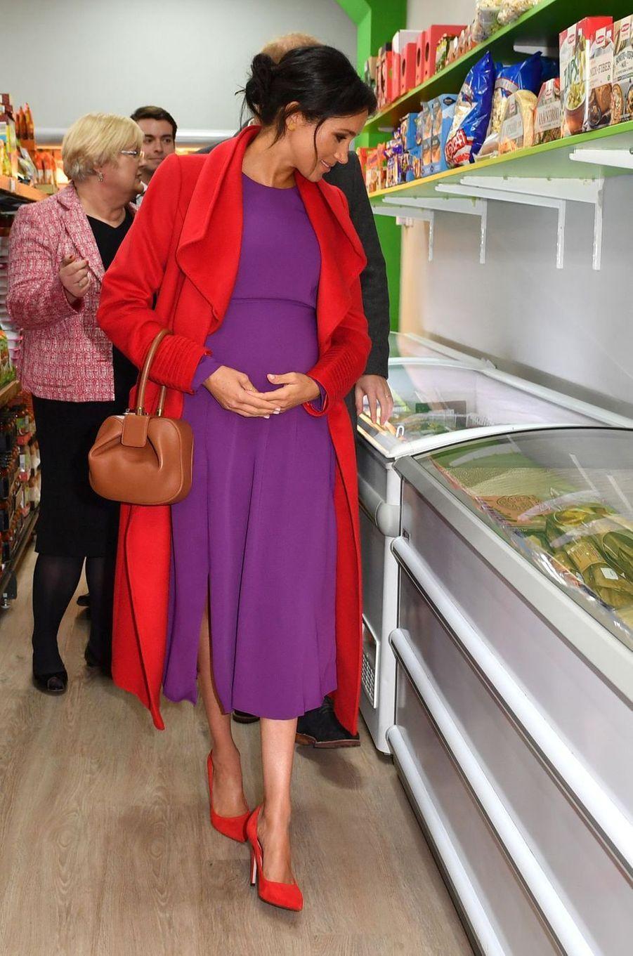 Meghan Markle, la duchesse de Sussex, enceinte, à Birkenhead, le 15 janvier 2019