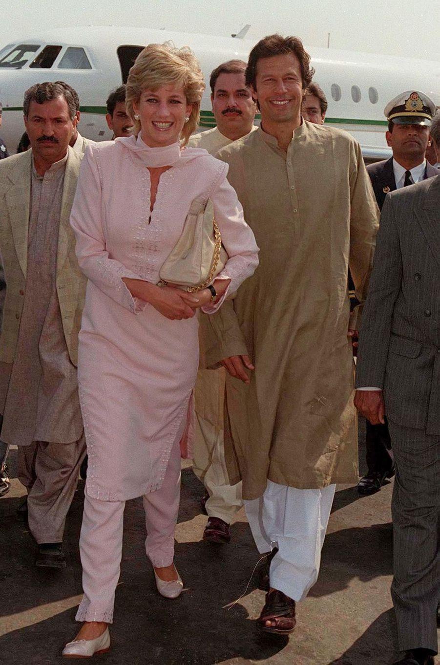 Lady Diana à Lahore au Pakistan, en avril 1996