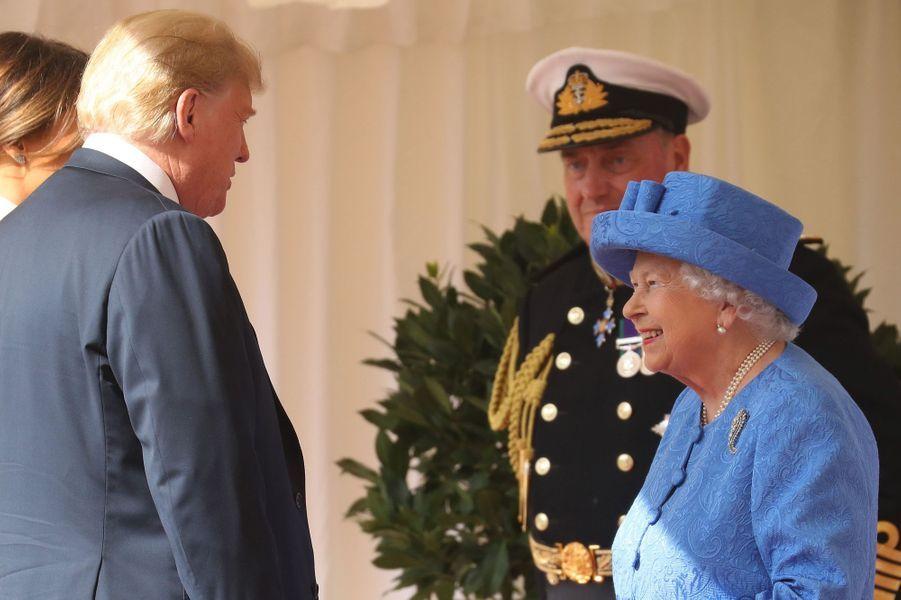 La reine Elizabeth II avec Donald et Melania Trump au château de Windsor, le 13 juillet 2018
