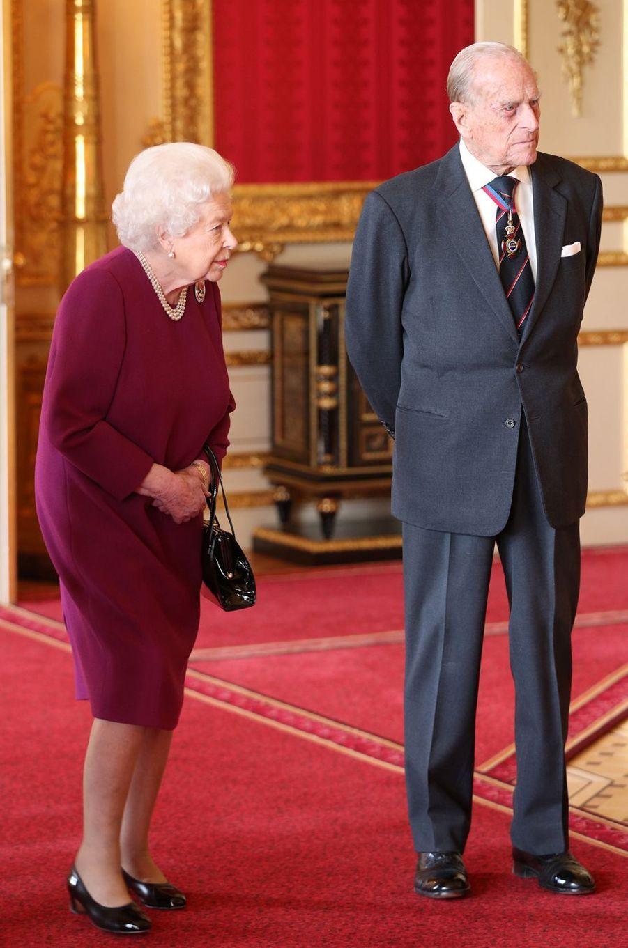 La reine Elizabeth II et le prince Philip au château de Windsor, le 7 mai 2019