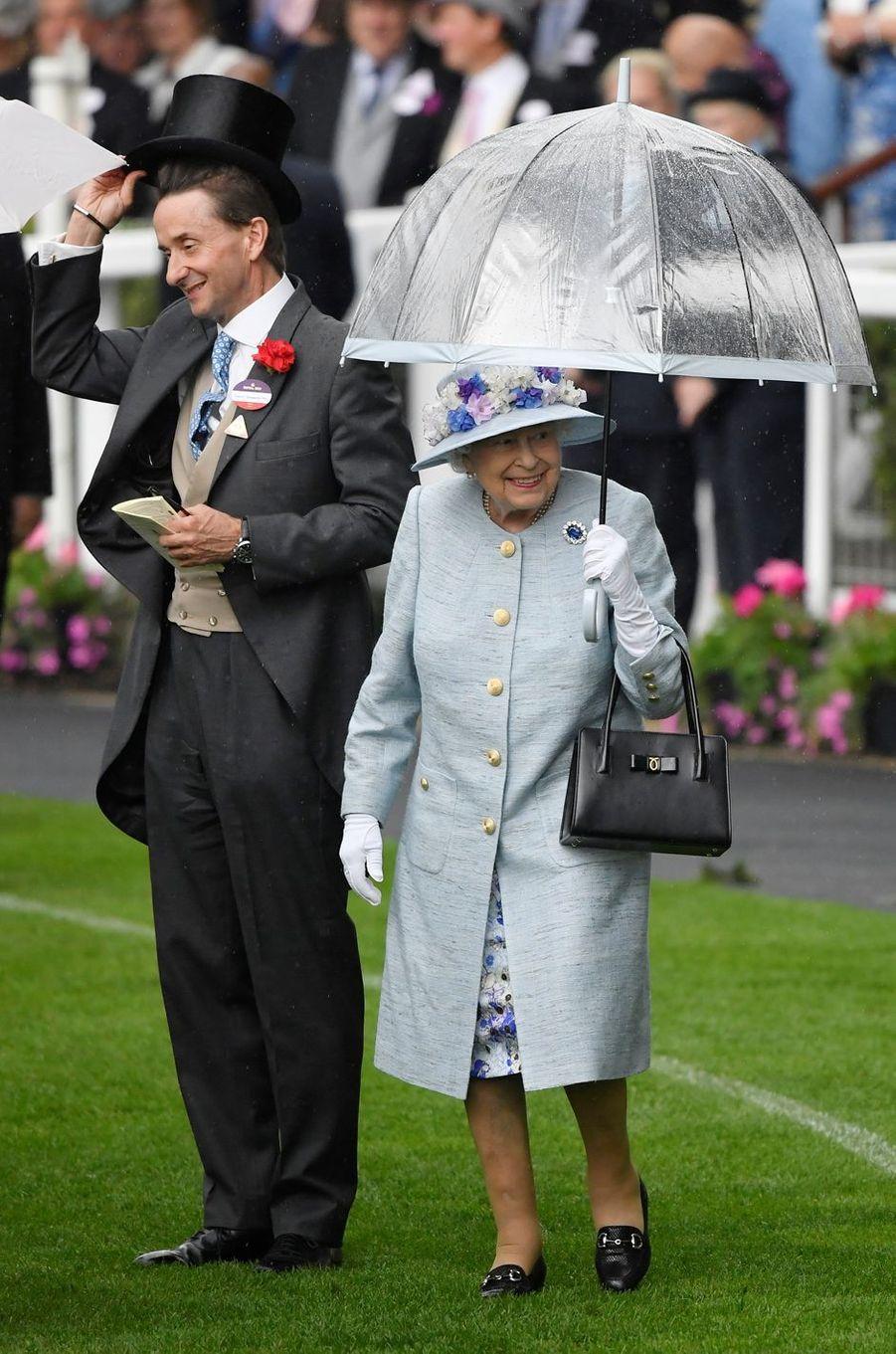 La reine Elizabeth II au Royal Ascot, le 19 juin 2019