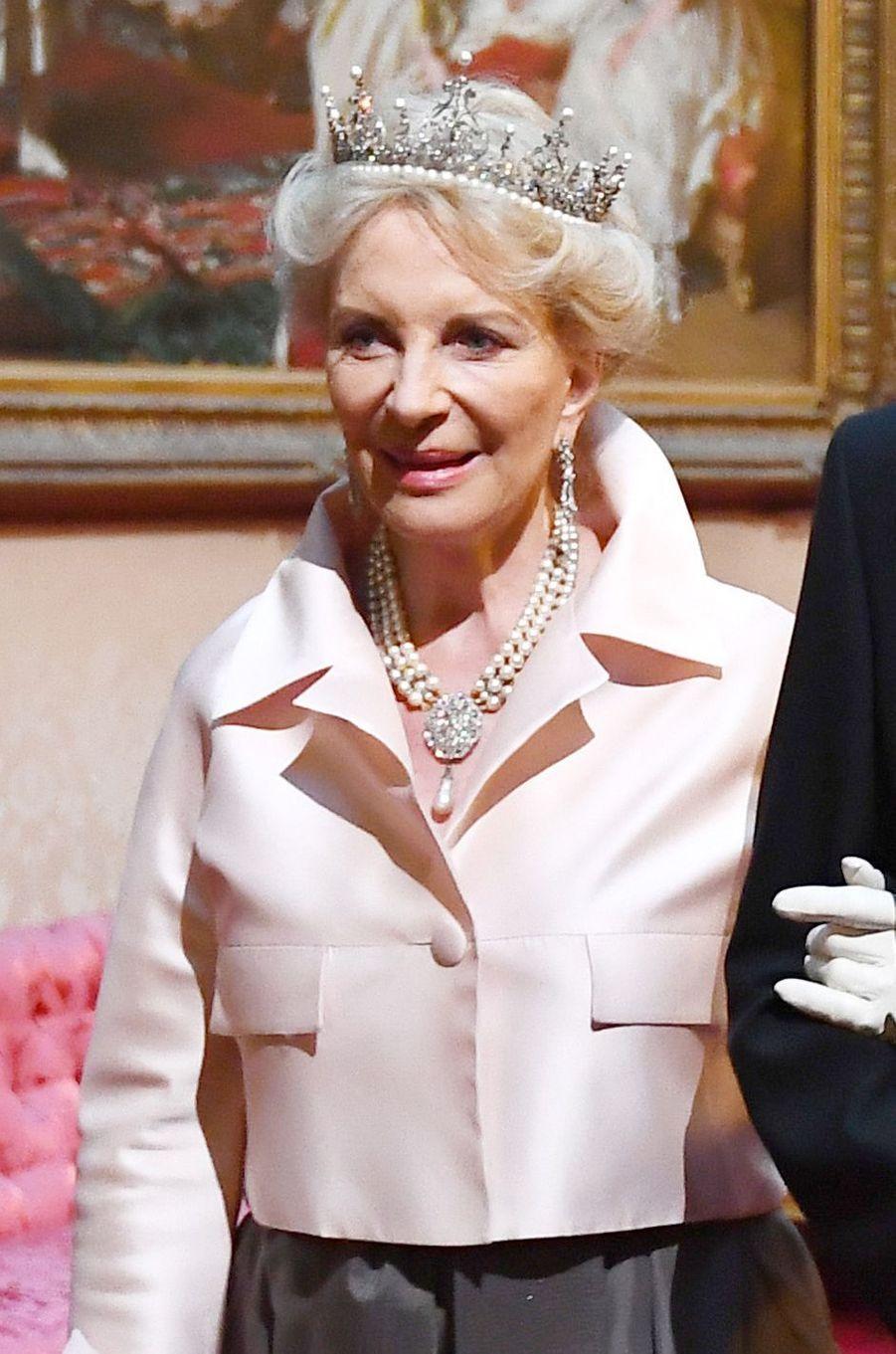 Détail de la robe de la princesse Marie-Christine de Kent, à Londres le 3 juin 2019