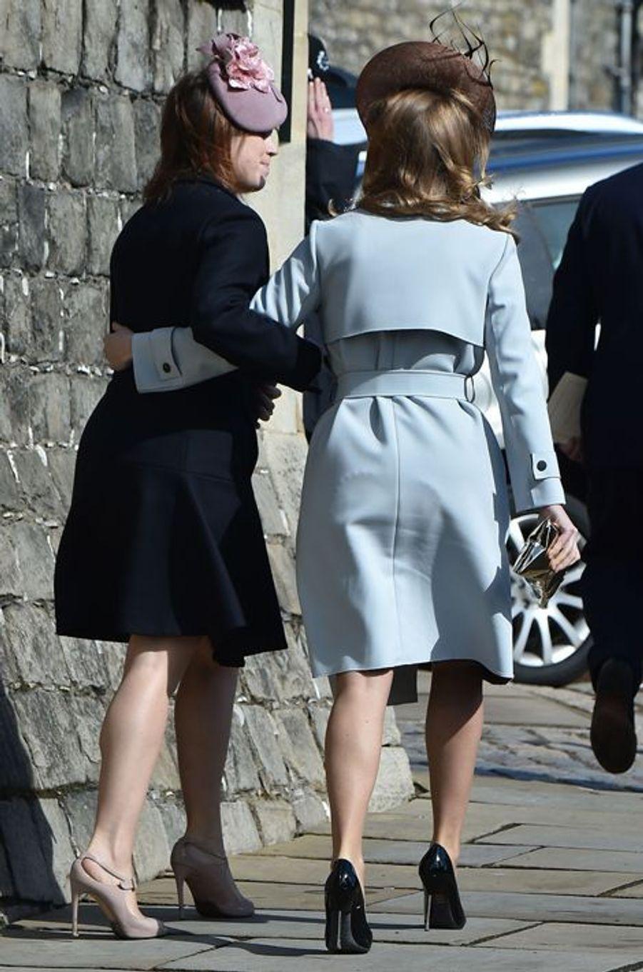 Les princesses Eugenie et Beatrice d'York à la messe de Pâques à Windsor, le 27 mars 2016