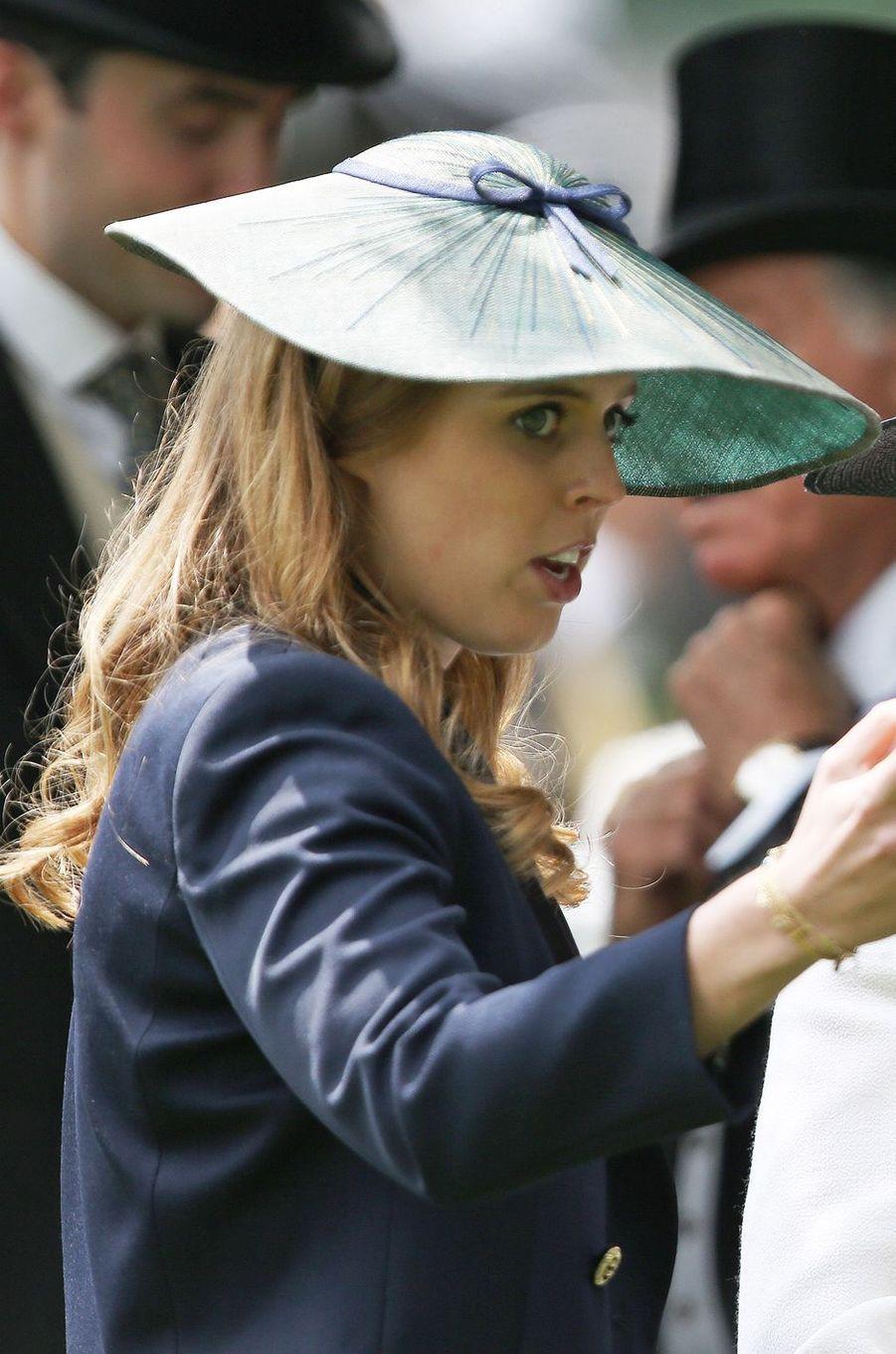 La princesse Beatrice d'York à Ascot, le 17 juin 2016