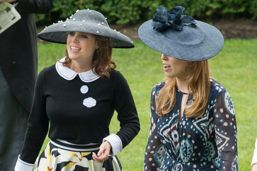 Les princesses Eugenie et Beatrice d'York à Ascot, le 18 juin 2016