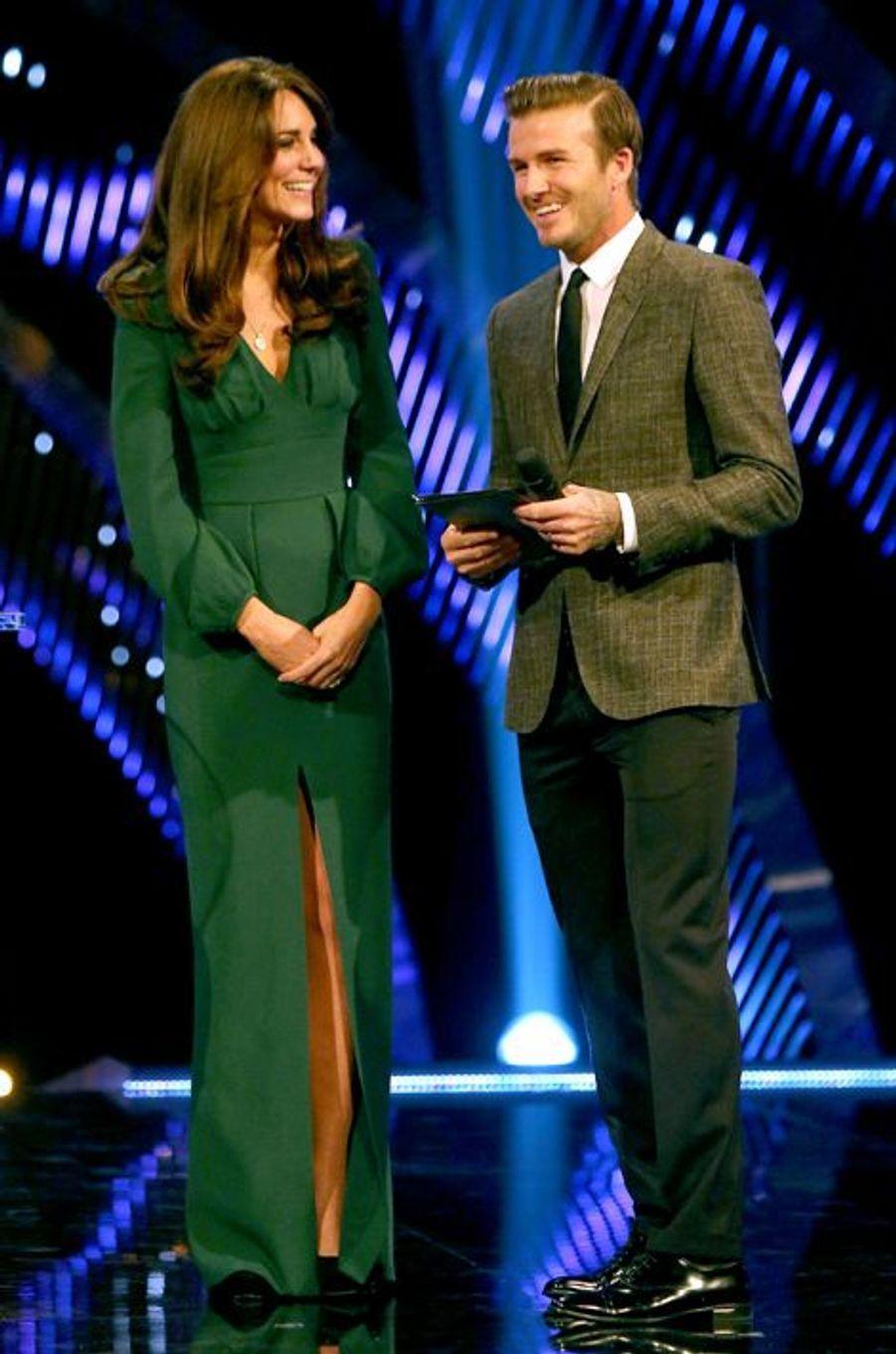 Kate en Alexander McQueen, avec David Beckham, le 16 décembre 2012