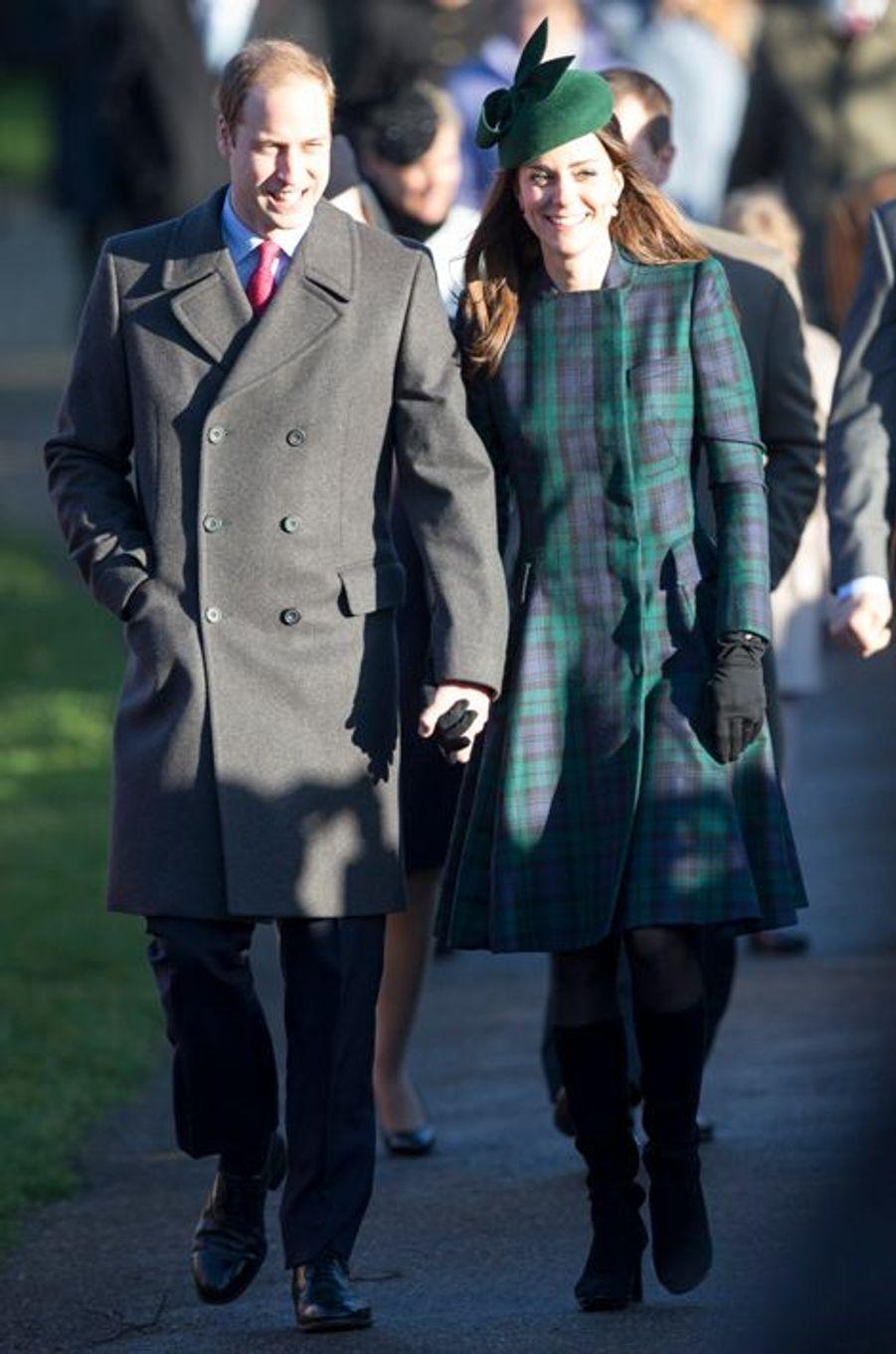 Kate en Alexander McQueen avec le prince William à Sandringham, le 25 décembre 2012