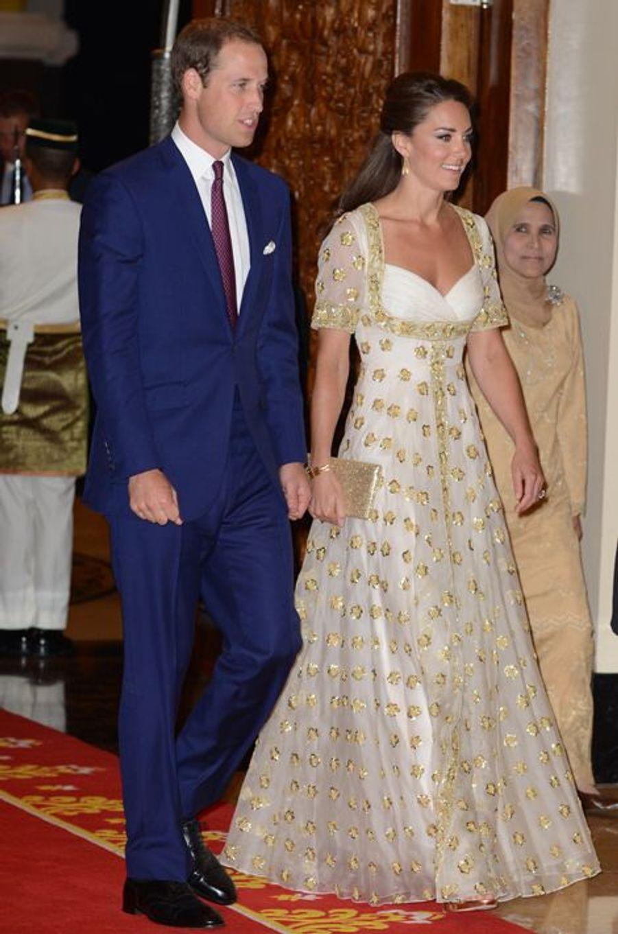 Kate en Alexander McQueen, avec le prince William, en Malaisie le 13 septembre 2012