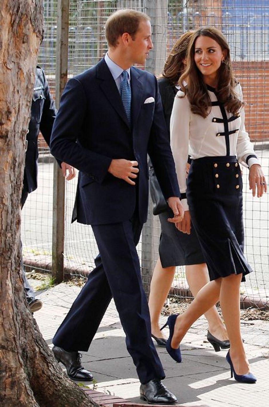Kate en Alexander McQueen, avec le prince William, le 19 août 2011