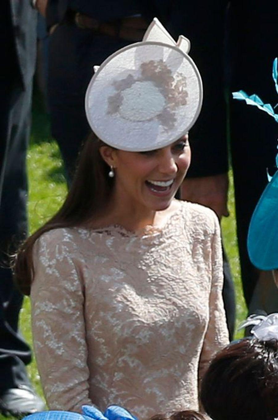 Kate en Alexander McQueen, le 10 juin 2014
