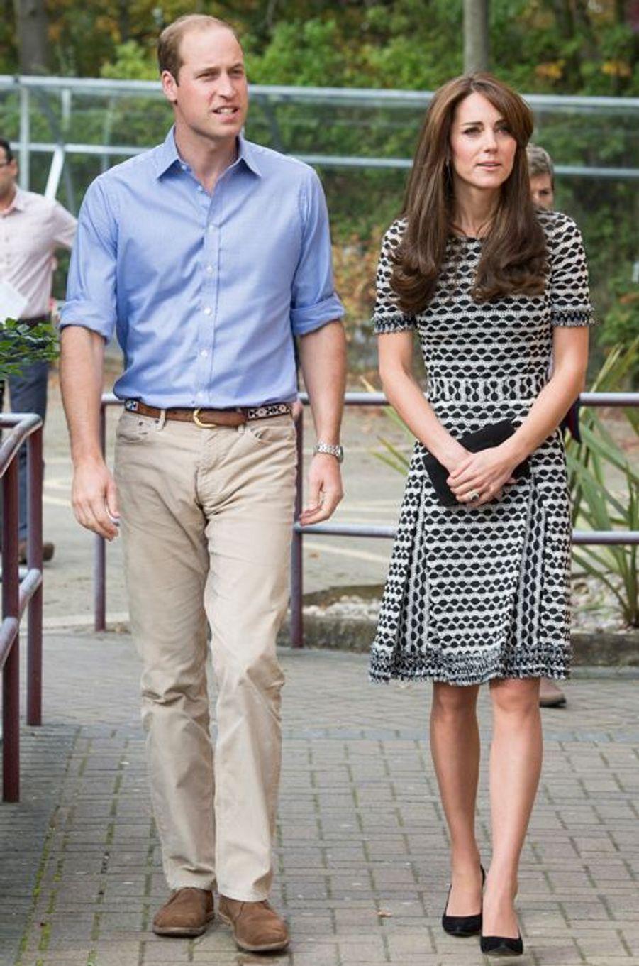 La duchesse Kate avec le prince William le 10 octobre 2015