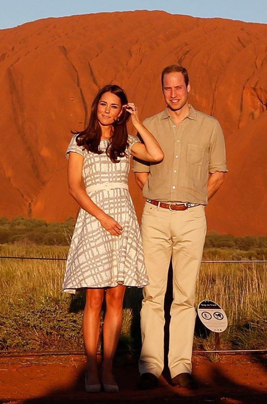 La duchesse Kate avec le prince William le 22 avril 2014