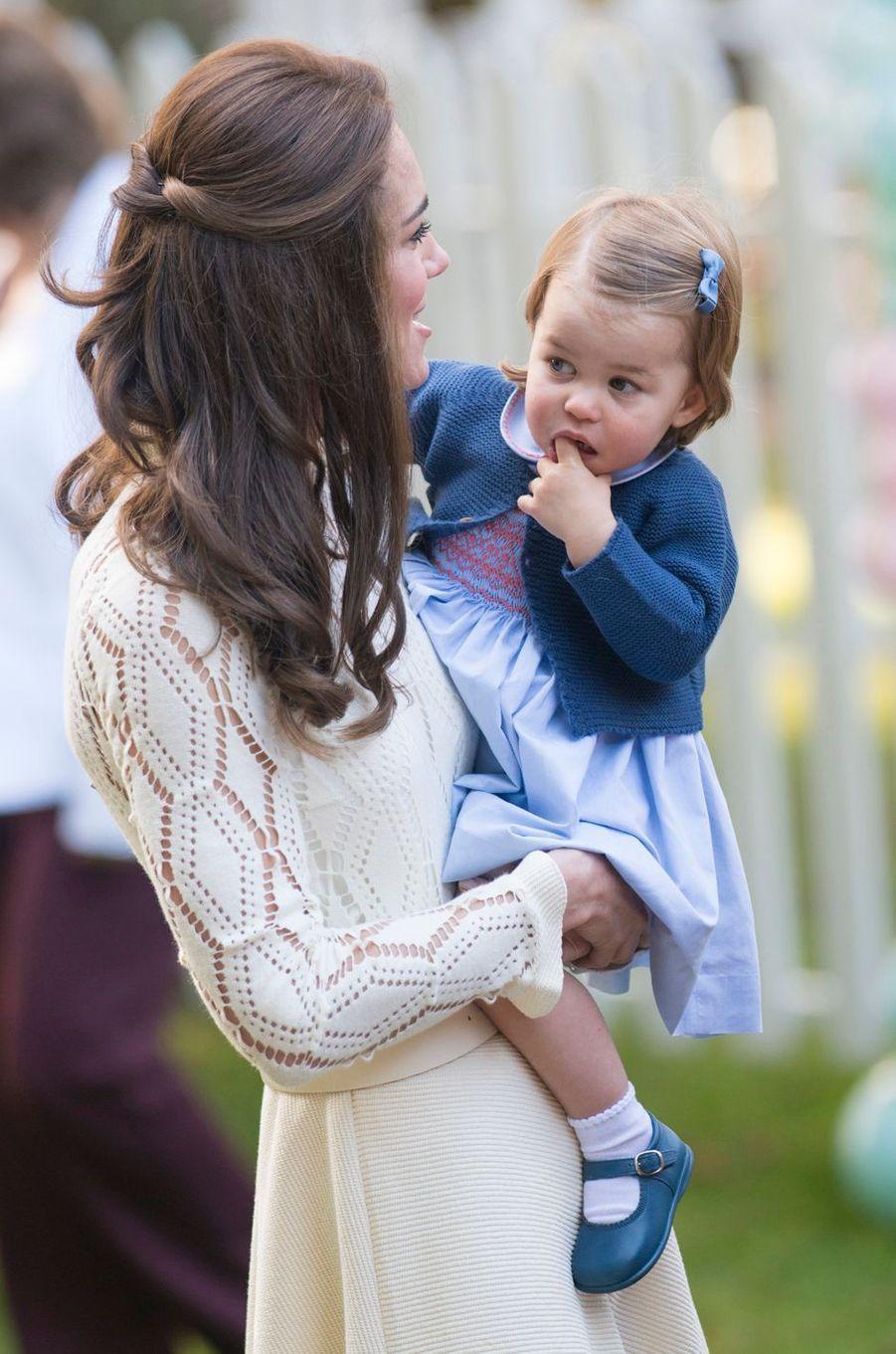 La duchesse Catherine de Cambridge dans une robe See by Chloé au Canada, le 28 septembre 2016