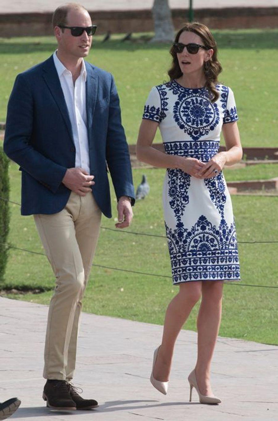 La duchesse Catherine de Cambridge en Naeem Khan, le 16 avril 2016